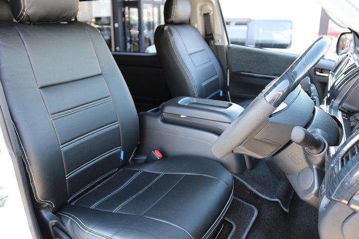 FLEXオリジナル黒革調シートカバー付き   トヨタ ハイエース 2.7 GL ロング ミドルルーフ 4WD TSS付