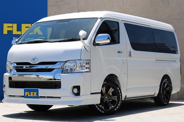 トヨタセーフティーセンス付ハイエースワゴンGL-4WD入庫