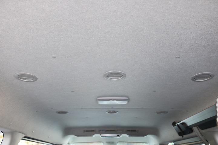 リア空調口も豊富なので後部座席の方も涼しい風で快適空間