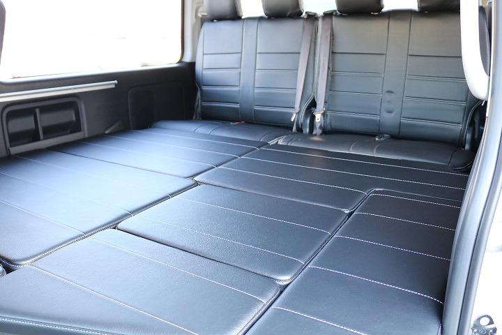 フラットに寝転ぶスペースも広々ご利用いただけます!