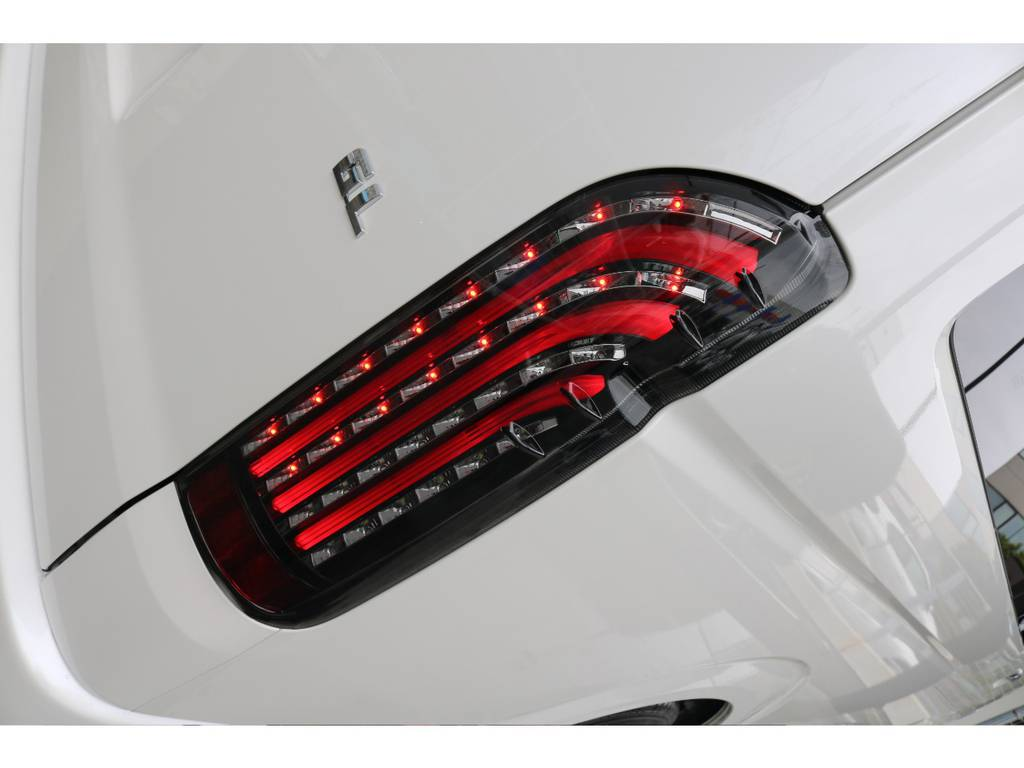 FLEXオリジナルLEDテールランプ「煌レッド」☆彡 | トヨタ ハイエース 2.7 GL ロング ミドルルーフ 4WD アレンジVer2