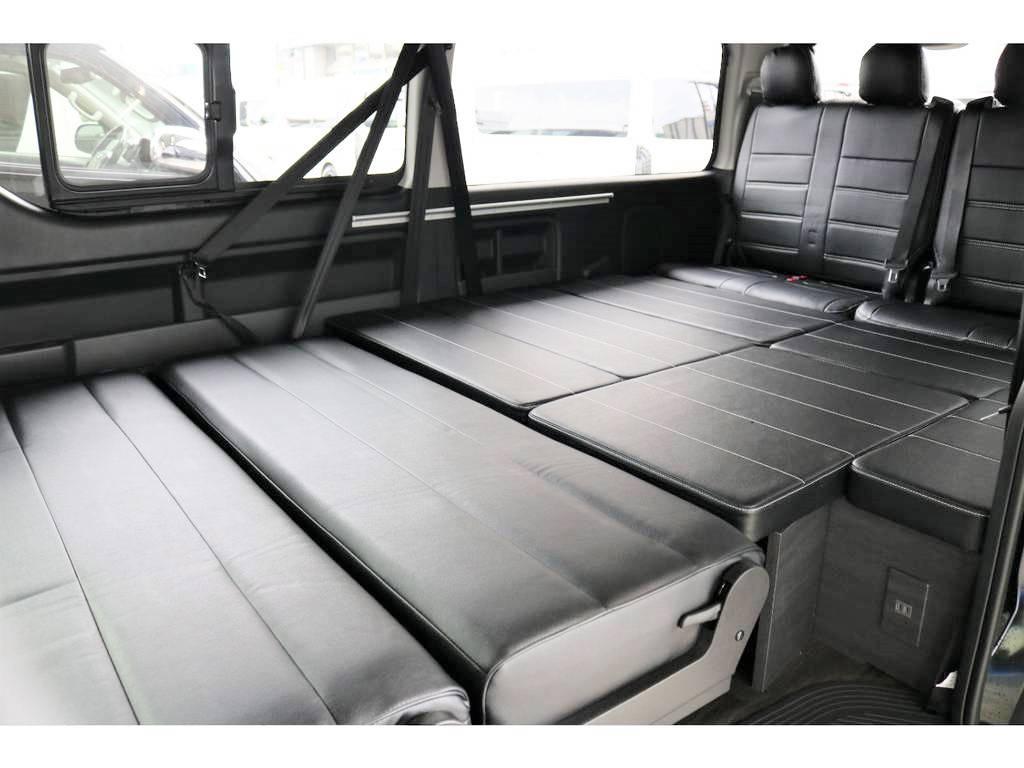 ベットキットを広げるとこんなに広々♪大人の方でも十分横になっていただける奥行き/幅ございます!! | トヨタ ハイエース 2.7 GL ロング ミドルルーフ 4WD アレンジVer2