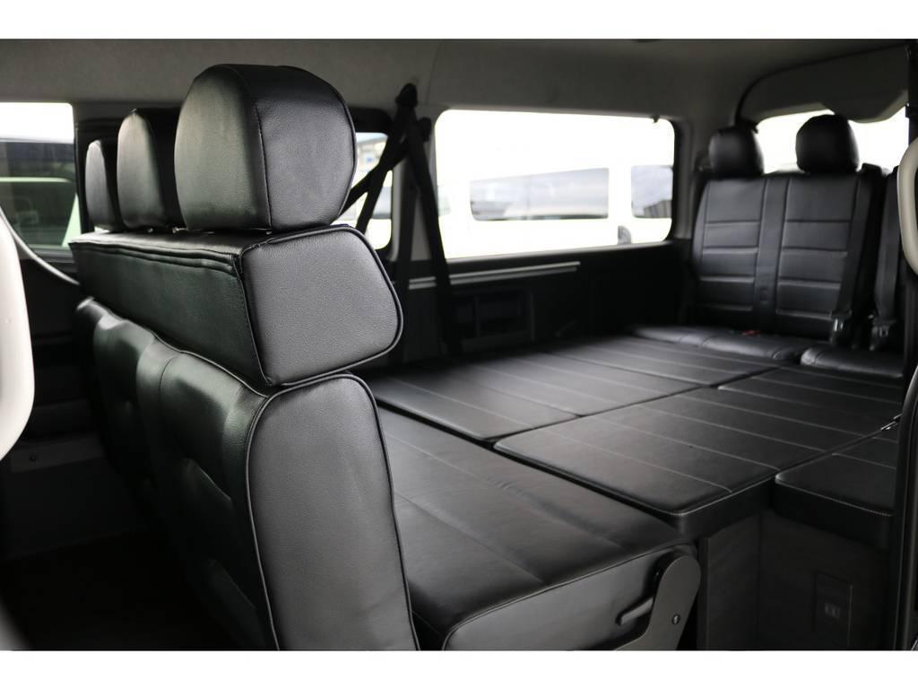 二列目のシートは後ろ向きにすることも◎会話が弾みますね!! | トヨタ ハイエース 2.7 GL ロング ミドルルーフ 4WD アレンジVer2
