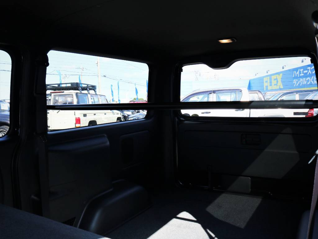 収納スペース広々御座います!何でも収納可能です! | トヨタ ハイエースバン 2.0 スーパーGL 50TH アニバーサリー リミテッド ロングボディ ライトカスタム