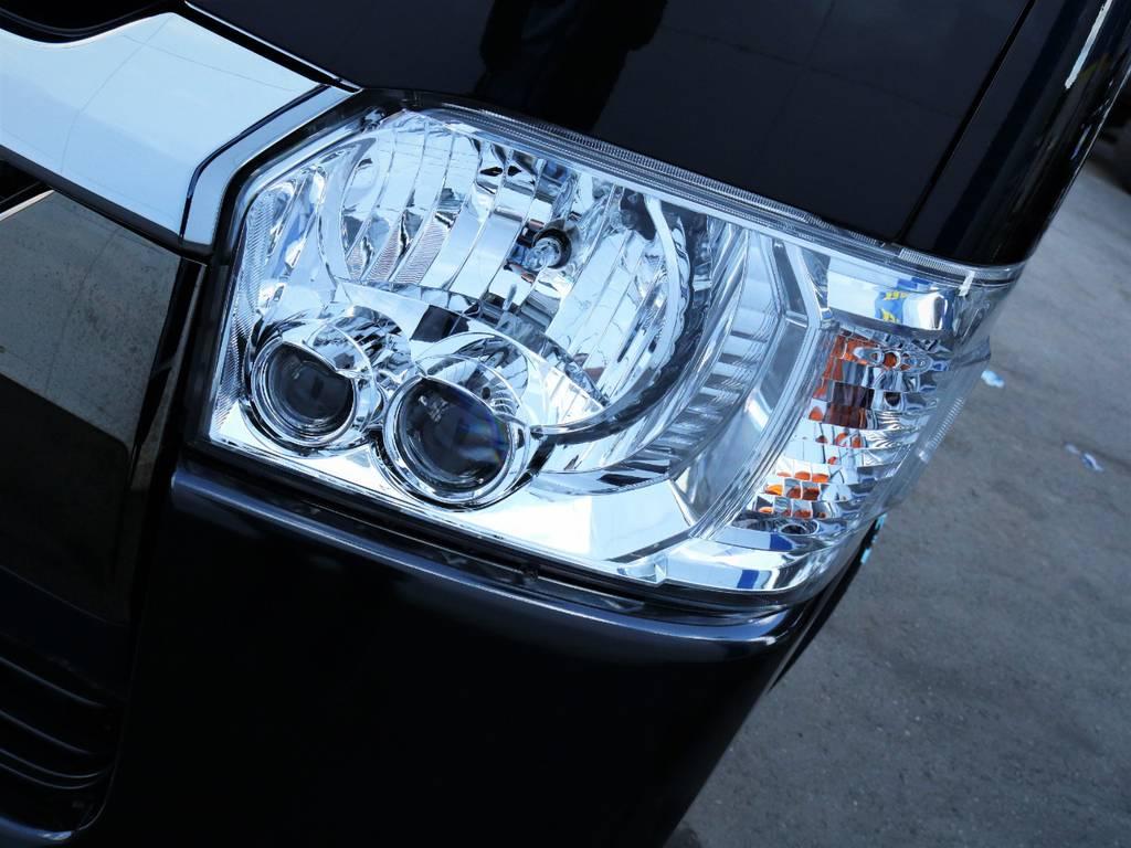 夜間走行に便利なメーカーオプション「LEDヘッドライト」! | トヨタ ハイエースバン 2.0 スーパーGL 50TH アニバーサリー リミテッド ロングボディ ライトカスタム