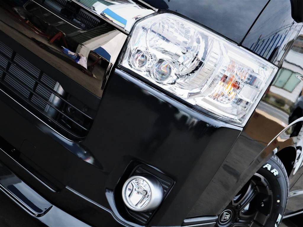 夜間走行に便利なメーカーオプション「LEDヘッドライト」! | トヨタ ハイエースバン 2.0 スーパーGL 50TH アニバーサリー リミテッド ロングボディ 50TH