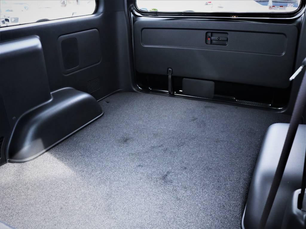 収納スペース広々御座います!ベッドキット等も取付可能です! | トヨタ ハイエースバン 2.8 スーパーGL 50TH アニバーサリー リミテッド ロングボディ ディーゼルターボ 50TH