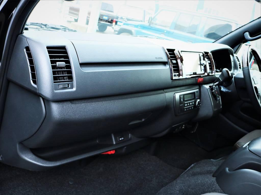 助手席エアバック、AC100V電源付き! | トヨタ ハイエースバン 2.8 スーパーGL 50TH アニバーサリー リミテッド ロングボディ ディーゼルターボ 50TH