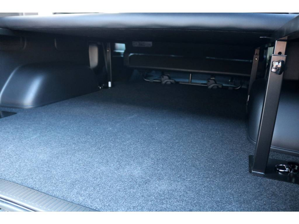 ベッド下は荷室スペースとしてお使いいただけます!! | トヨタ ハイエースバン 2.8 スーパーGL 50TH アニバーサリー リミテッド ロングボディ ディーゼルターボ 4WD 50TH