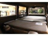 【室内空間】セカンドシートを畳めばフラットな室内をご利用いただけます♪
