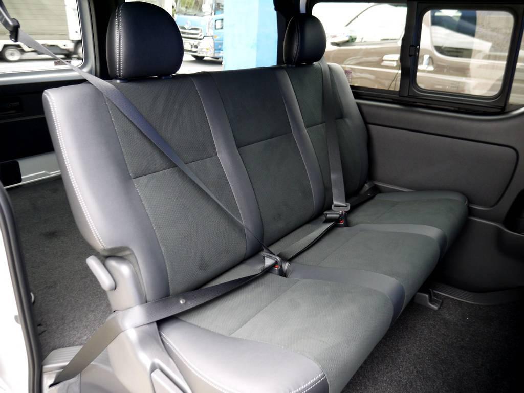 専用シートベルト完備!! | トヨタ ハイエースバン 2.8 スーパーGL ダークプライムⅡ ロングボディ ディーゼルターボ ライトカスタムパッケージ