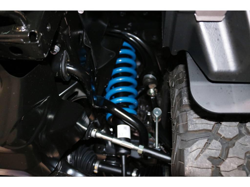 新品2インチUPバネ交換済み!乗り心地を損なわないノーマルショック併用! | トヨタ ランドクルーザープラド 2.8 TX ディーゼルターボ 4WD 7人 新車未登録車 9インチナビ
