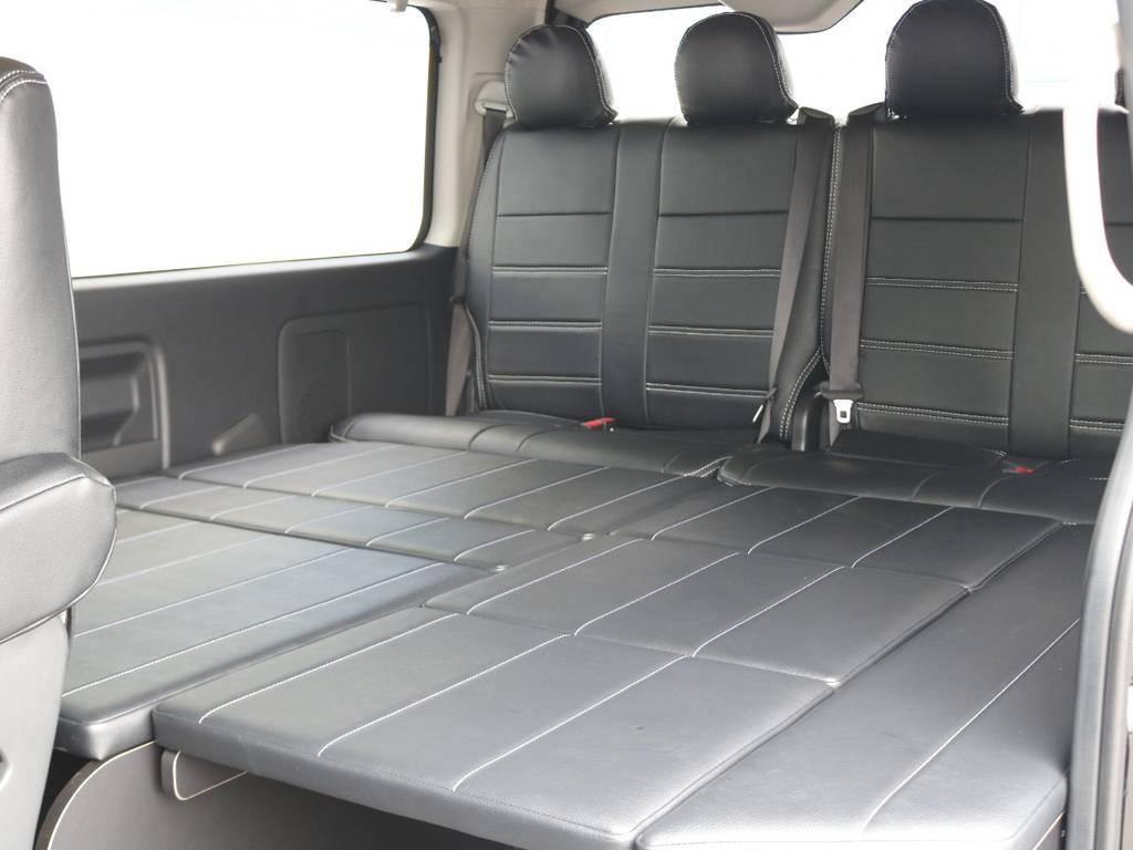 センターテーブルは取り外しが可能!フルフラットのベッドに大変身♪ | トヨタ ハイエース 2.7 GL ロング ミドルルーフ TSS付 R1