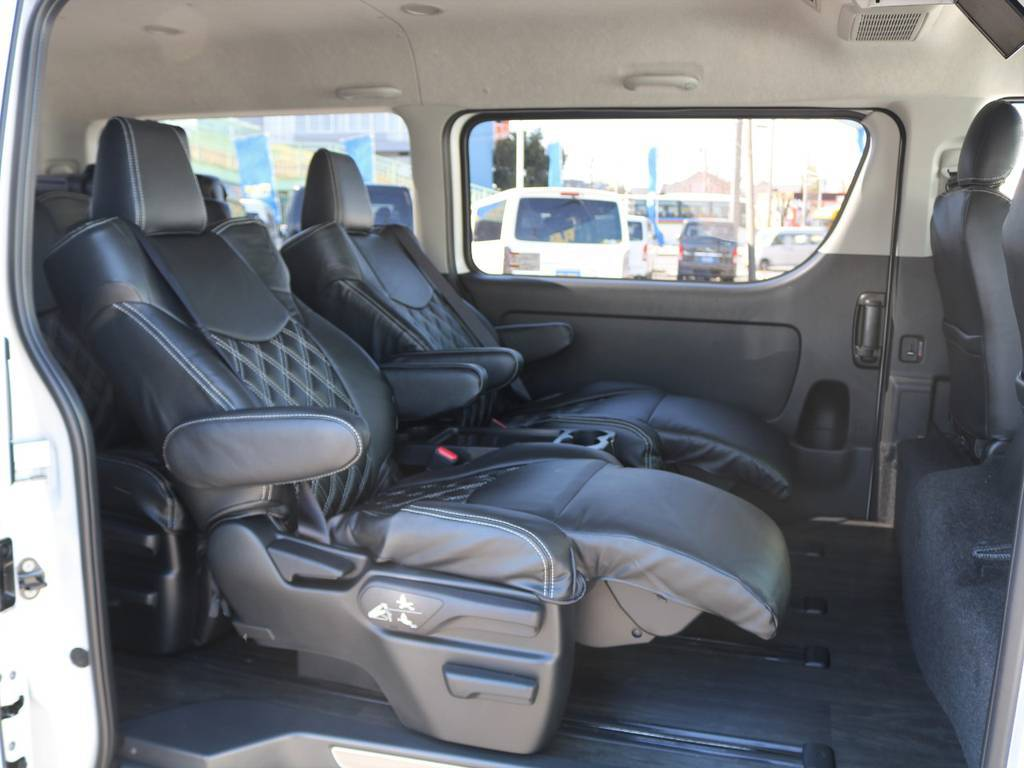 後席には大型キャプテンシートが4脚搭載されます♪ | トヨタ ハイエース 2.7 GL ロング ファインテックツアラー 4WD 4脚キャプテンシート 床張り