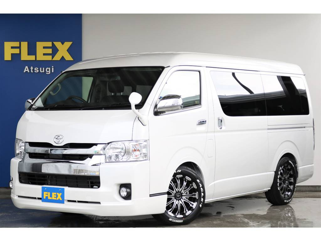 FLEXオリジナル内装架装Ver2 ハイエースワゴンGL 2.7ガソリン2WD 即時納車可能なカスタム多数の一台です。