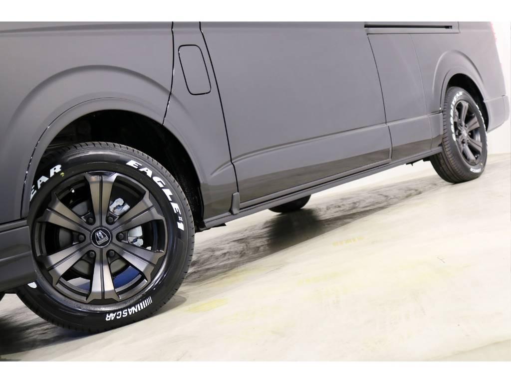 バルベロ ワイルドディープス17インチアルミホイール(FLEX専用カラー)&ナスカータイヤ!FLEXオリジナルDelfino Lineオーバーフェンダー!