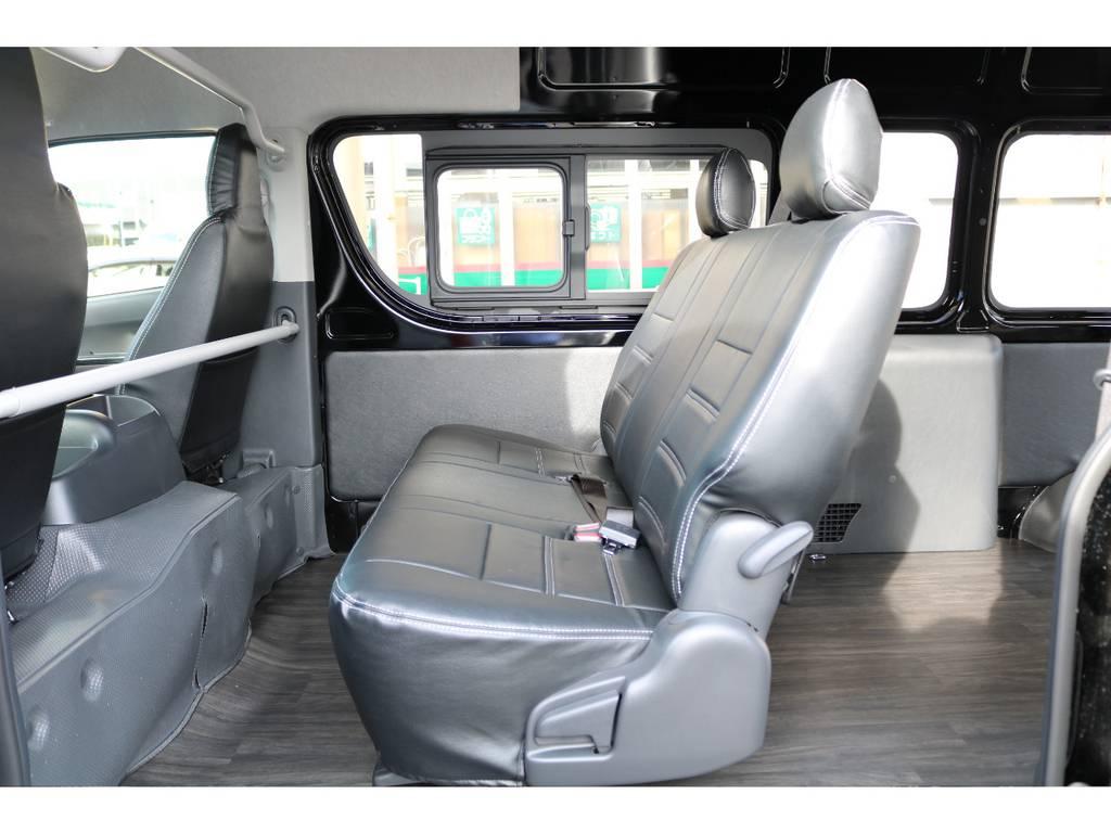 セカンドシートはS-GL用にお取替え!座り心地もDXシートと比べると段違いです♪