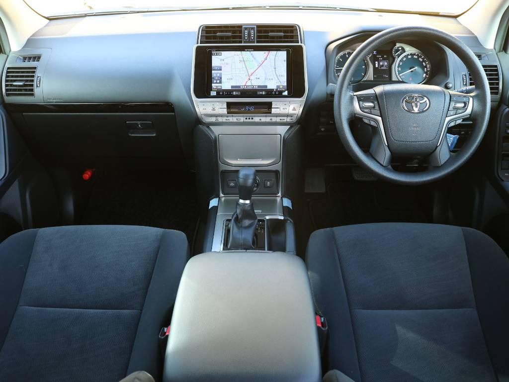 150プラド特有の先進的かつ機能的なセンターパネルデザイン☆9インチナビもインストールされ充実のインテリアとなっています♪ | トヨタ ランドクルーザープラド 2.7 TX 4WD 5人 20AW&KO2 9ナビBカメ