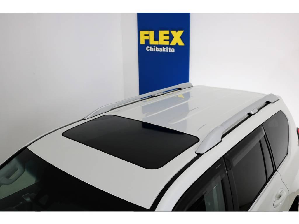 ディーラーオプションルーフレール付き! | トヨタ ランドクルーザープラド 2.8 TX Lパッケージ ディーゼルターボ 4WD 7人 新車未登録車 9インチUP