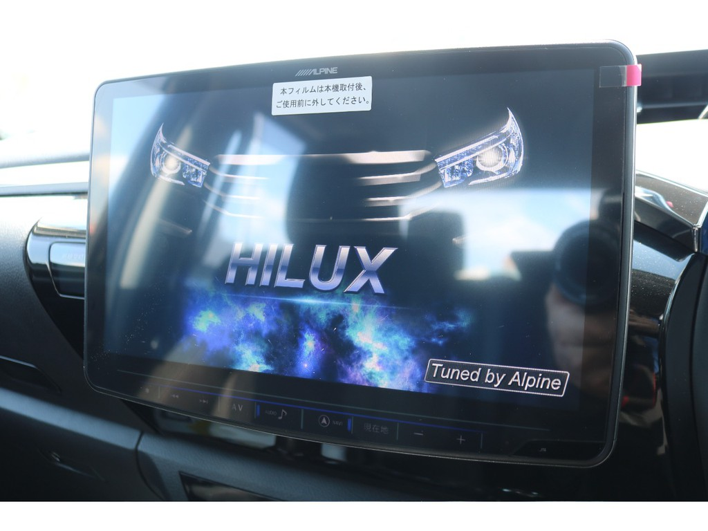 アルパイン製11インチSDナビも新品装着!大画面でTVやDVDを視聴できます!