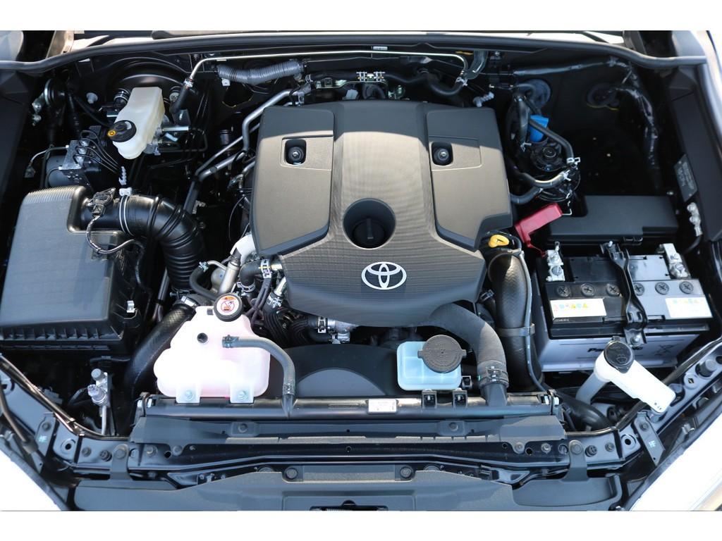 強大なトルクの2GD-FTVエンジンは特に低速域から力強さを発揮し、高速まで伸びやかなパワーをもたらしてくれます!