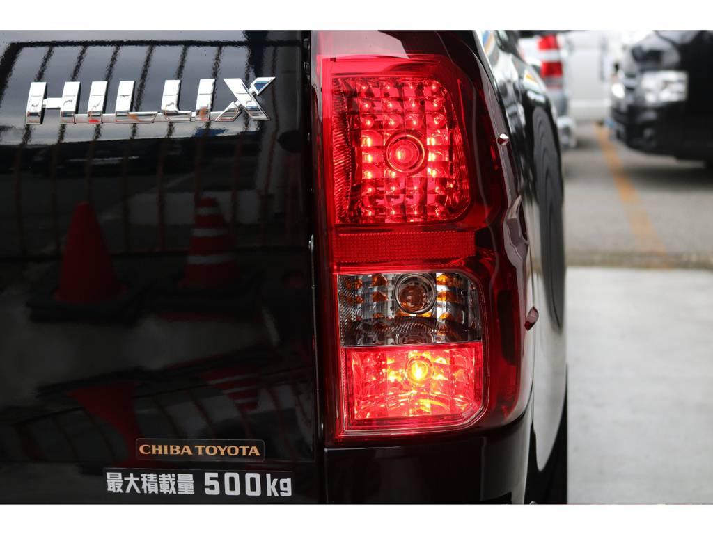 リアフォグで悪天候でも安心! | トヨタ ハイラックス 2.4 Z ディーゼルターボ 4WD Z 新車未登録車 11インチナビ