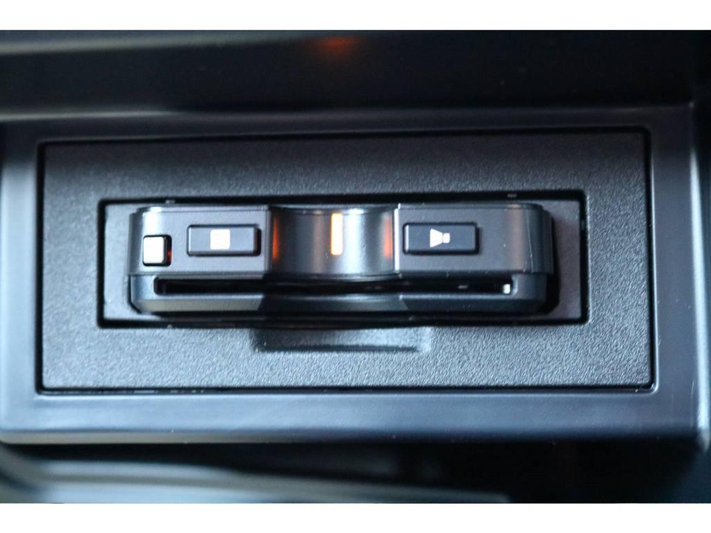必需品のETCも新品装着! | トヨタ ランドクルーザープラド 2.8 TX ディーゼルターボ 4WD 5人 新車未登録車 9インチナビ