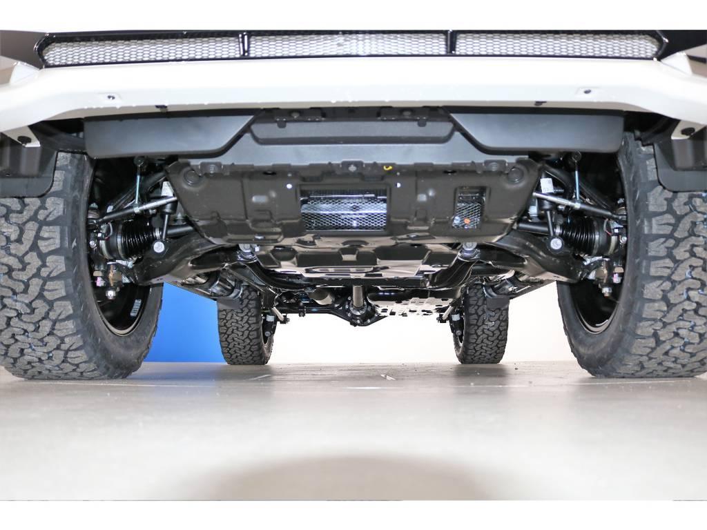 ご希望がございましたら下廻り防腐パスター仕上げもできます!お気軽にご相談ください! | トヨタ ランドクルーザープラド 2.8 TX ディーゼルターボ 4WD 5人 新車未登録車 9インチナビ