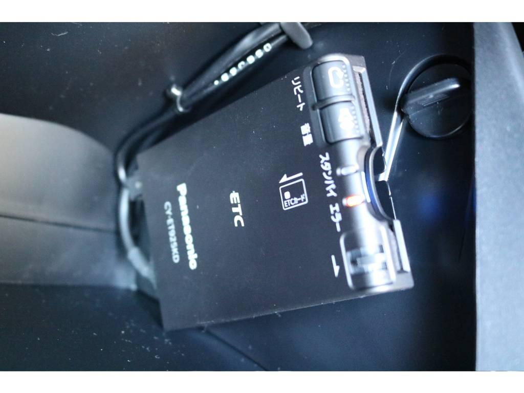 必需品のETCも新品装着! | トヨタ ハイラックス 2.4 Z ディーゼルターボ 4WD Z 新車未登録車 11インチナビ