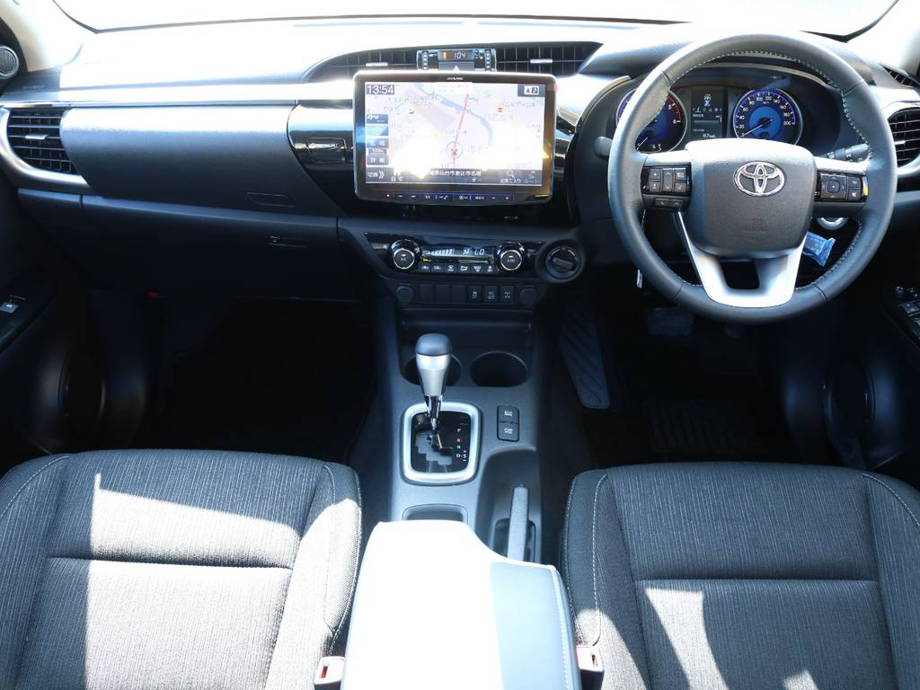 FLEXグループは「すべての人に愛車を」をコンセプトに車種別に全国展開中★ | トヨタ ハイラックス 2.4 Z ディーゼルターボ 4WD Z ROCCO仕様 リフトUP 17AW