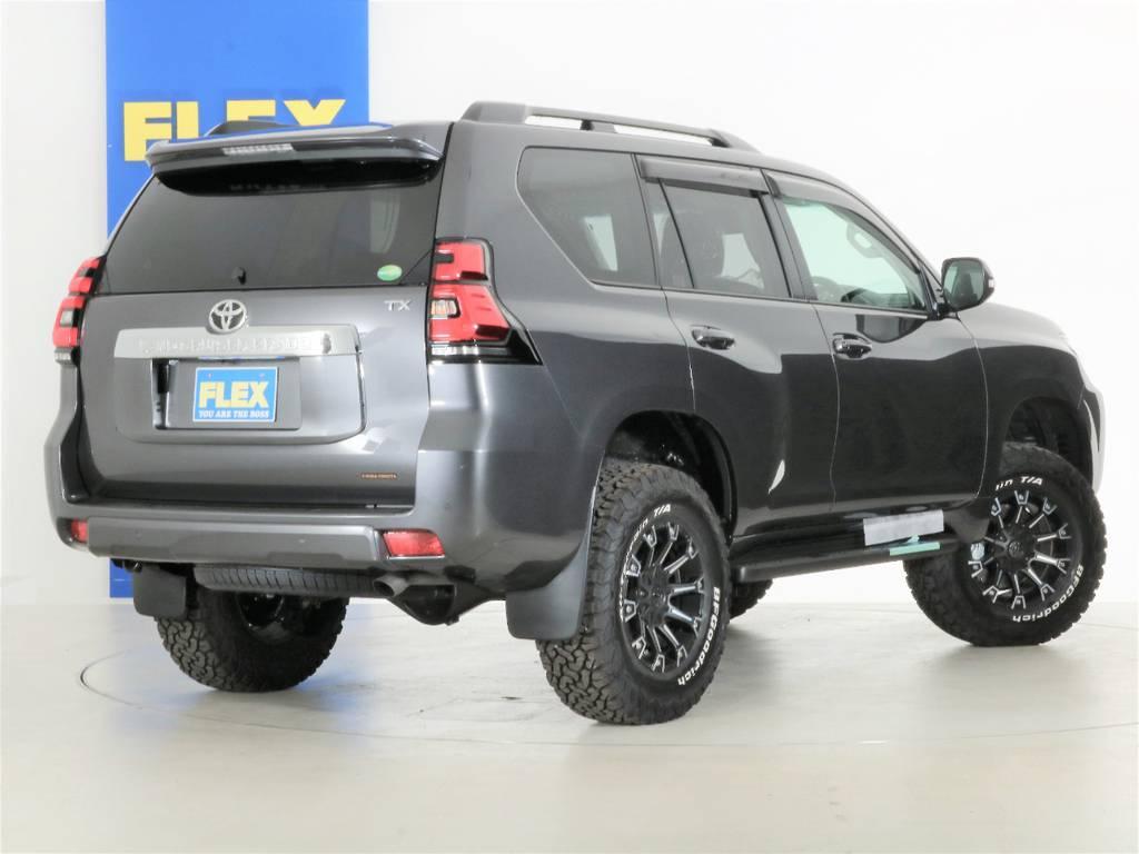 | トヨタ ランドクルーザープラド 2.8 TX ディーゼルターボ 4WD 5人 新車未登録車 9インチナビ