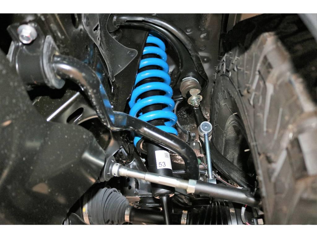 新品2インチUPバネ交換済み!乗り心地を損なわないノーマルショック併用!   トヨタ ランドクルーザープラド 2.8 TX ディーゼルターボ 4WD 5人 新車未登録車 9インチナビ
