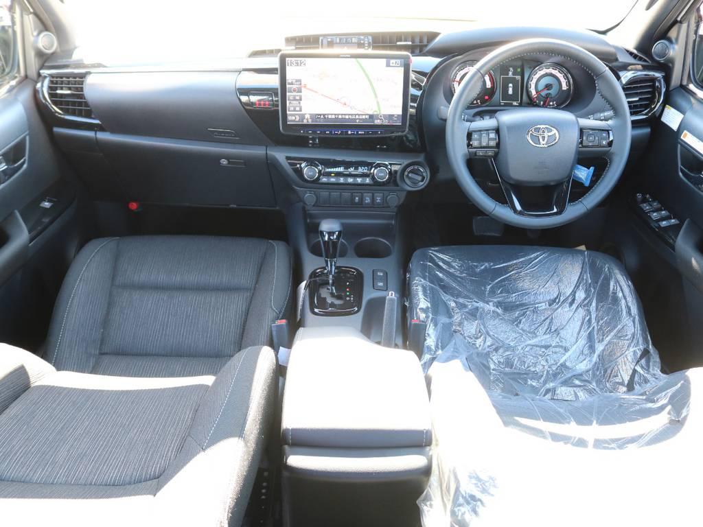 内装も特別仕様で所々変更されております☆   トヨタ ハイラックス 2.4 Z ブラック ラリー エディション ディーゼルターボ 4WD 新車未登録車 11インチナビ