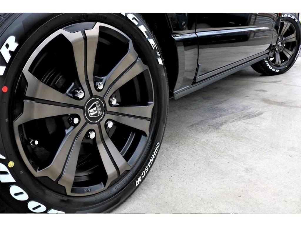 FLEXオリジナル アーバン17インチアルミの装着♪ブロンズカラーが車体の雰囲気を一新します!