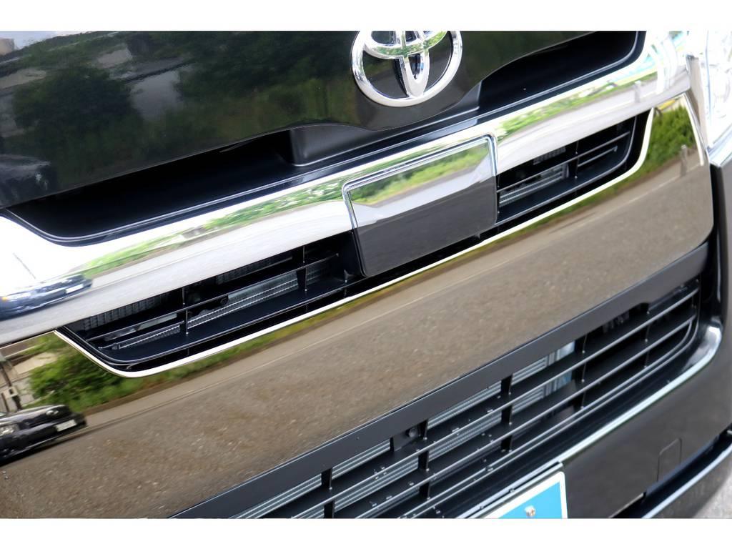 50th専用フロントグリル! | トヨタ ハイエースバン 2.8 スーパーGL 50TH アニバーサリー リミテッド ロングボディ ディーゼルターボ 4WD 50THナビPK