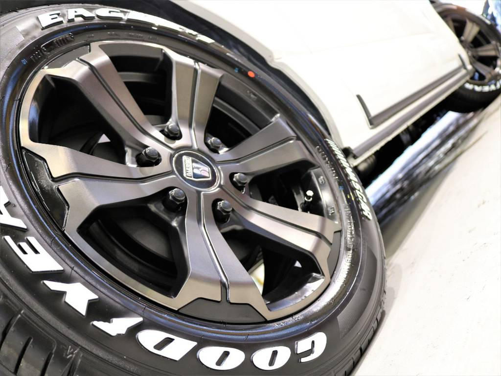 FLEXオリジナルカラーバルベロアーバンとGOODYEARナスカータイヤの組み合わせ!