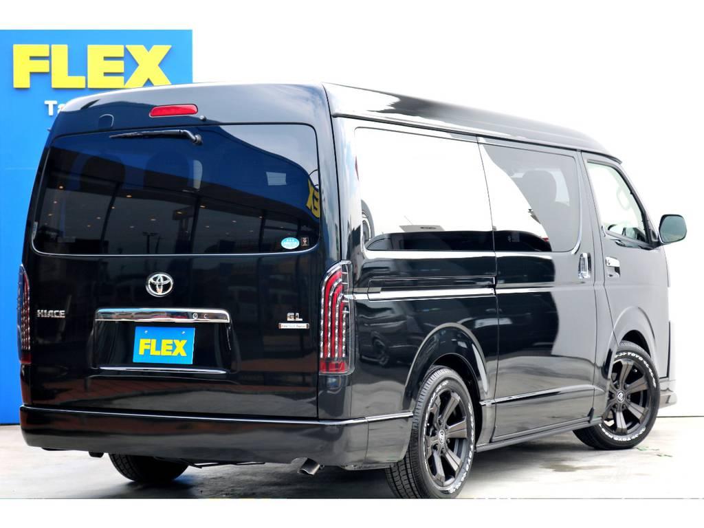 FLEXのハイエースは豊富なメーカーオプションに加え、ナビ+ETC・アルミホイール・リップスポイラーがお取付け済です♪欲しいが詰まった1台をご提案させて頂きます!