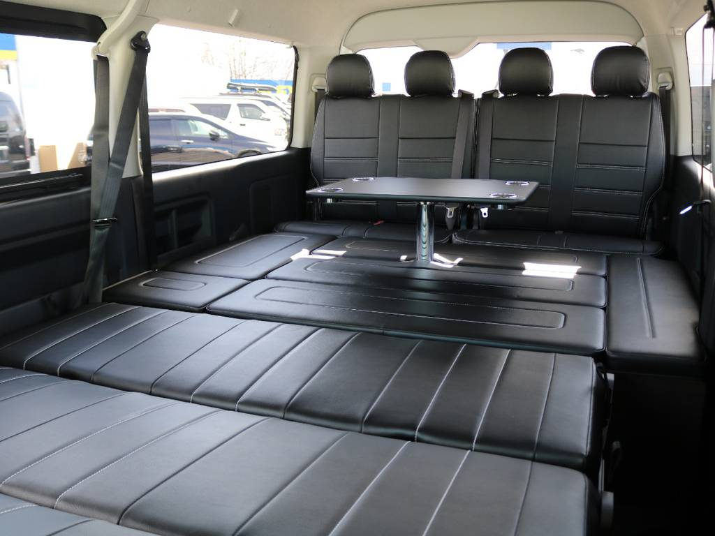センターテーブルは取り外いも可能です! | トヨタ ハイエース 2.7 GL ロング ミドルルーフ アレンジAS トリプルモニター