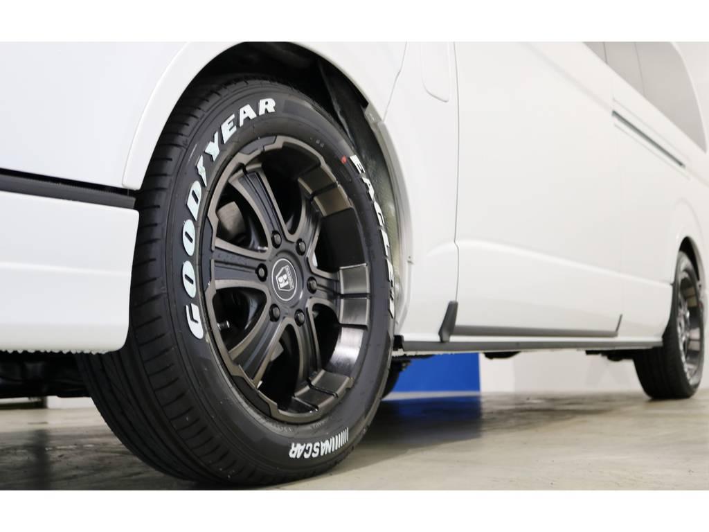 FLEX専用カラーのバルベロ17インチアルミホイール(ワイルドディープス)&グッドイヤー ナスカータイヤ! | トヨタ ハイエース 2.7 グランドキャビン 4WD