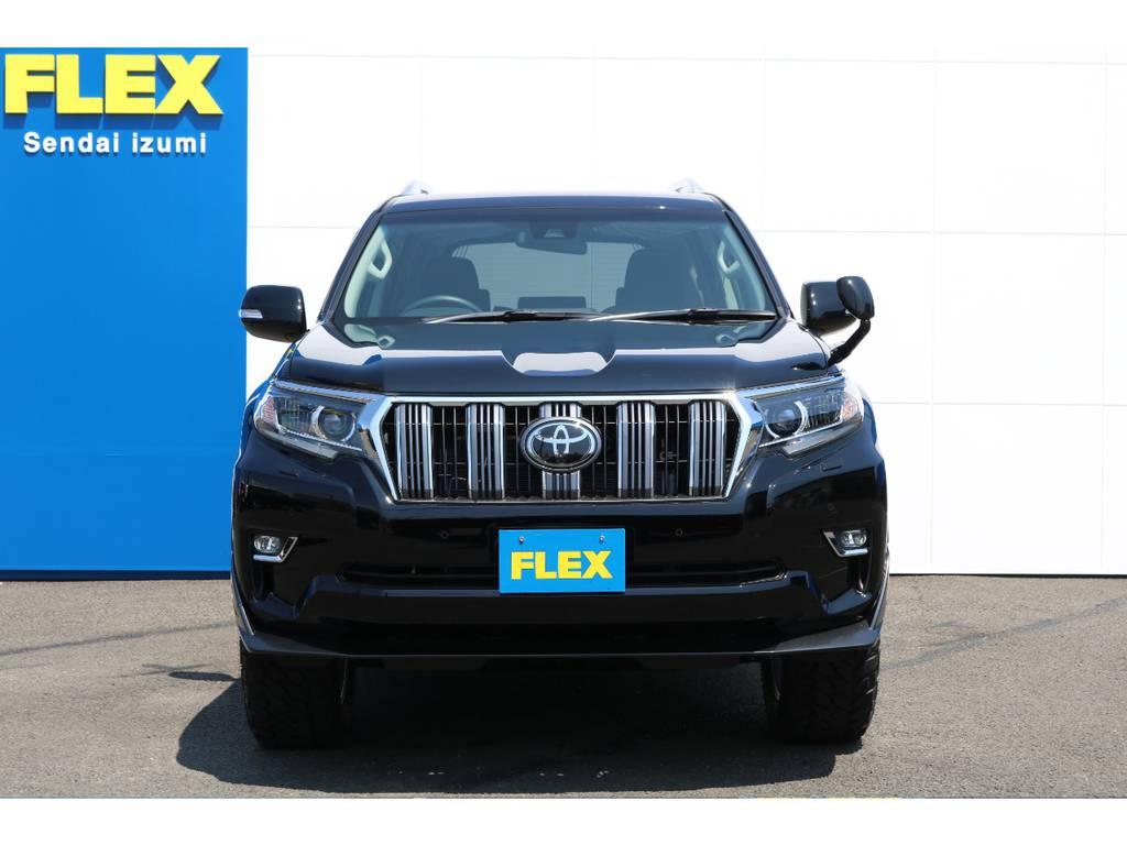 Toyota Safety Sense PやLEDヘッドライト&フォグランプなど安全装置も充実してます★アウトドア、ショッピングと様々なシーンで活躍してくれる事でしょう!! | トヨタ ランドクルーザープラド 2.7 TX 4WD 5人 FLEXエアロキット 20AW