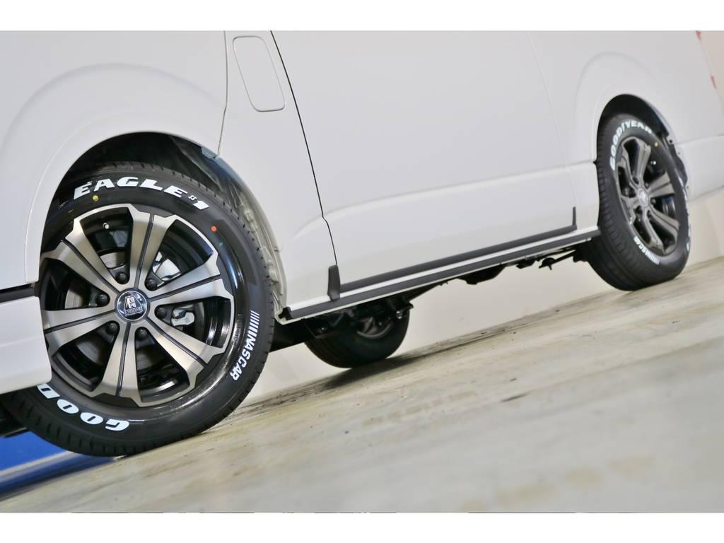 FLEX専用カラーのバルベロ17インチアルミホイール(アーバングランデ)&グッドイヤー ナスカータイヤ!FLEXオリジナルフェンダーも装着!
