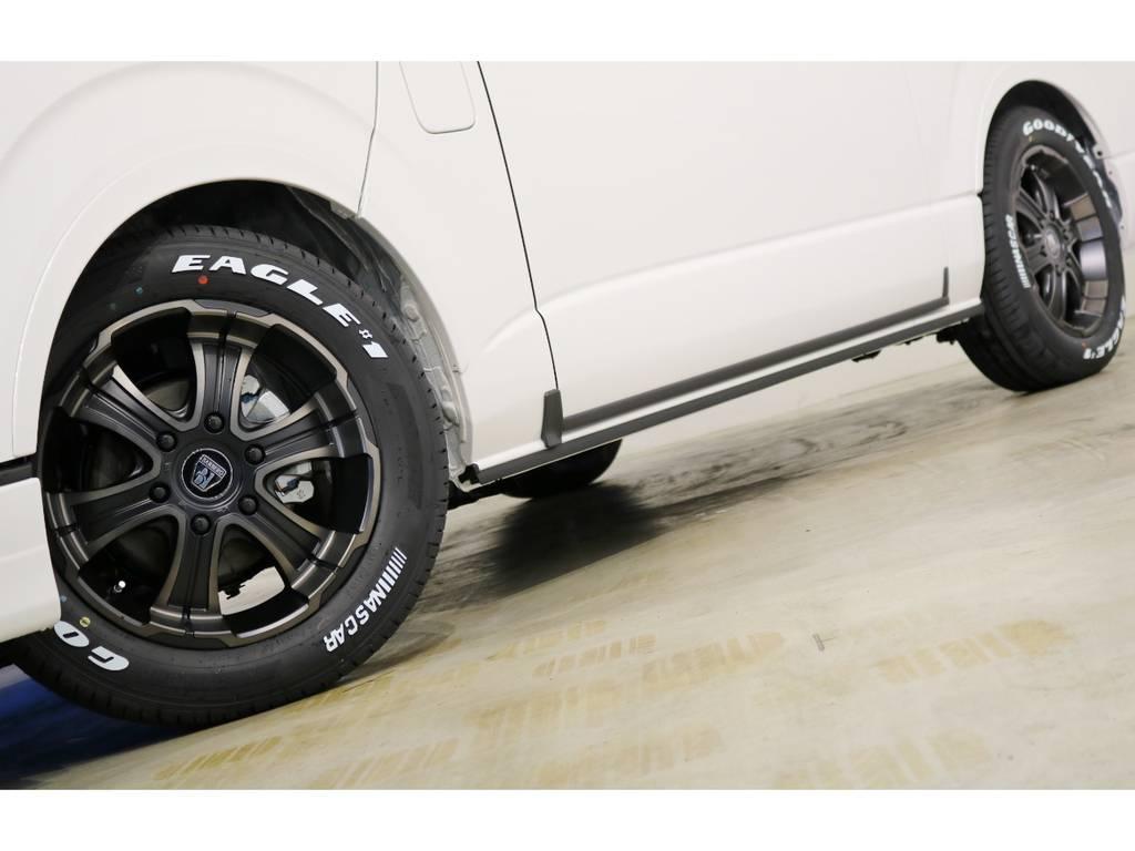 FLEX専用カラーのバルベロWD(ワイルドディープス)17インチアルミホイール&グッドイヤー ナスカータイヤ!FLEXオリジナルDelfino Lineオーバーフェンダー!
