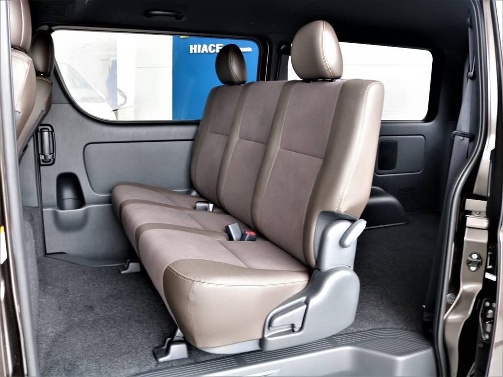 セカンドシートは3人定員です! | トヨタ ハイエースバン 2.0 スーパーGL 50TH アニバーサリー リミテッド ロングボディ