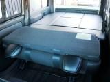 車内収納可能なオリジナルベッドキットを標準装備した内装アレンジ【FU-W】!