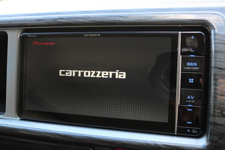カロッツェリア製SDナビTV装備!バックカメラ付きです!