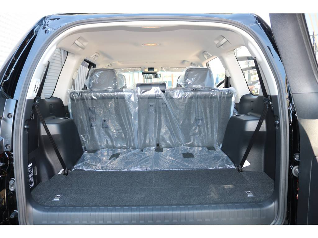 荷室が広いのでアウトドアには重宝します☆3列目は床下収納となります☆ | トヨタ ランドクルーザープラド 2.7 TX Lパッケージ 4WD 新車未登録 即ご納車OK