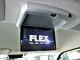 フリップダウンモニター装備済み!長距離ドライブも快適です!