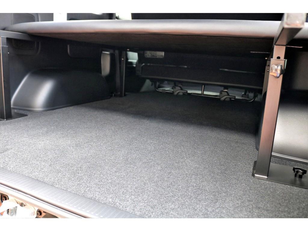 高さ調整可能なベッド下は収納スペースとしてお使いいただけます!!
