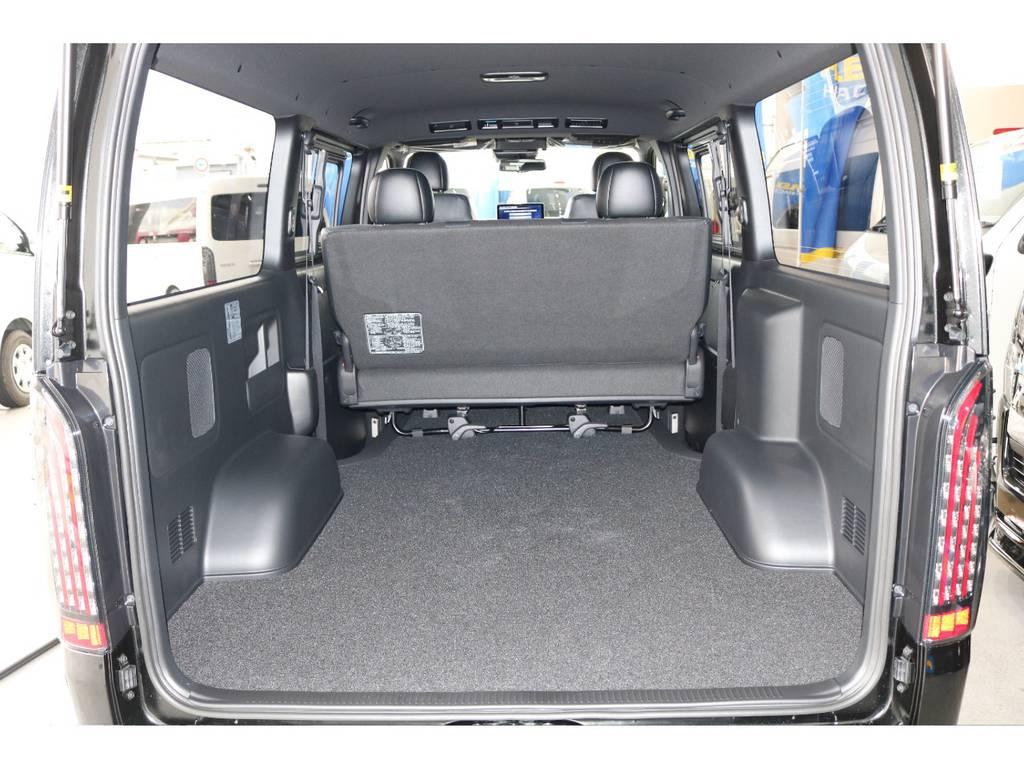 広大な荷室スペース!リヤシート通常時の荷室長1855mm!
