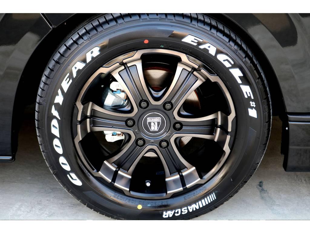 タイヤはグッドイヤー製 イーグル ホイールはバルベロワイルドディープ♪
